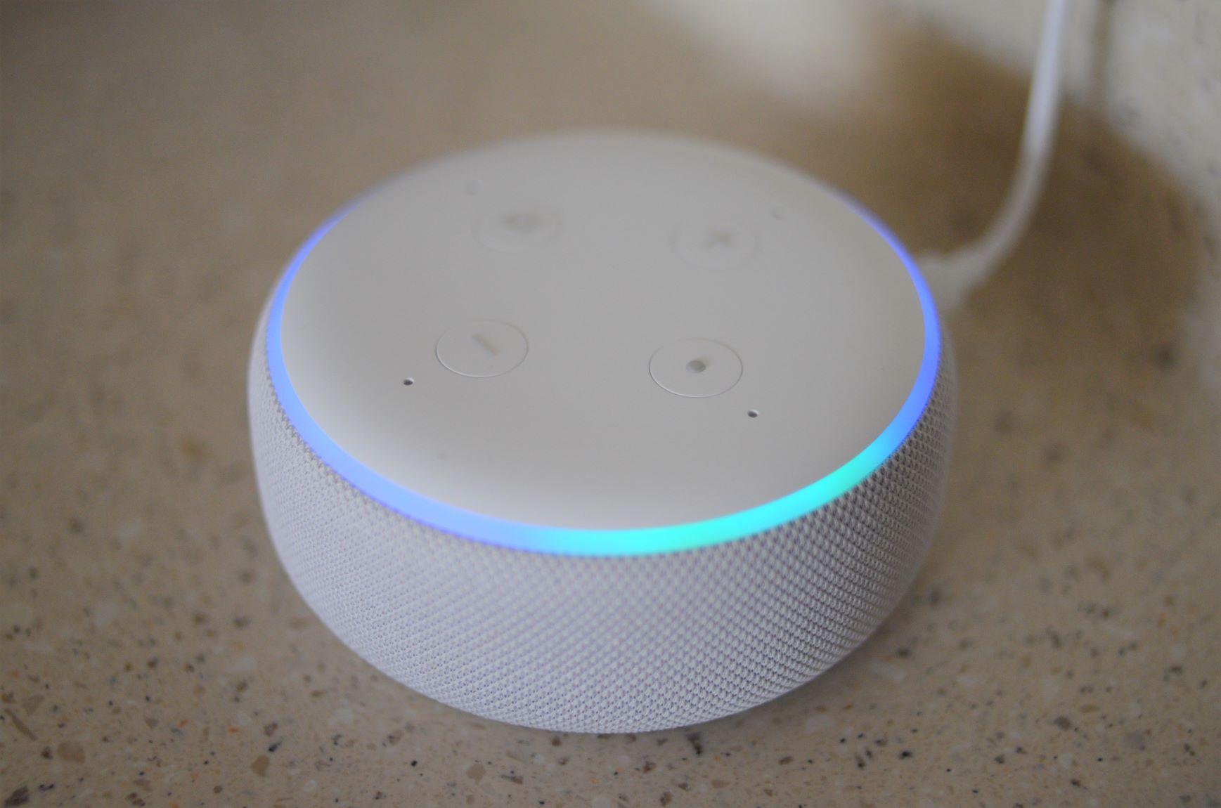 Echo Dot Light Ring Blue Dim